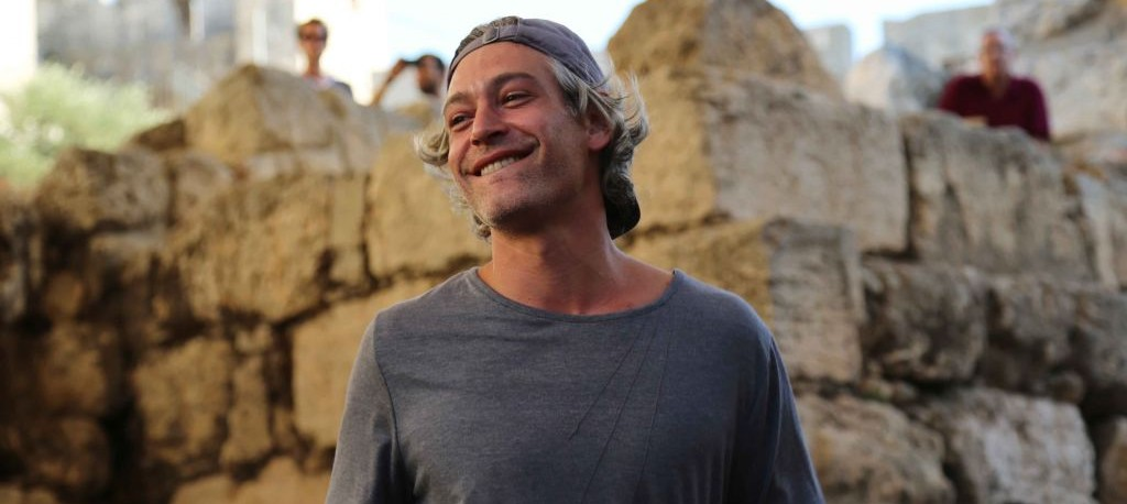 American Jewish singer Matisyahu smiles as he performs at the Sacred Music Festival in the Old City of Jerusalem, September 4, 2015. (Eric Cortellessa)