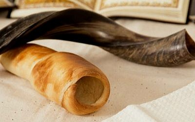 Carol Ungar's Shofar Challah, baked and styled by her assistant, Batya Lieberman (Courtesy Carine Gracia)