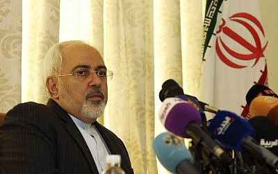 Iranian Foreign Minister Mohammad Javad Zarif holds a press conference on September 1, 2015, at the residence of the Iranian ambassador in the Tunisian capital Tunis. (AFP PHOTO/SALAH LAHBIBI)