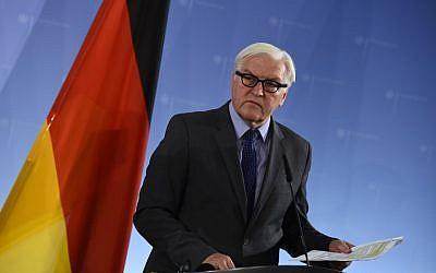 German Foreign Minister Frank-Walter Steinmeier addresses the media after talks in Berlin on October 15, 2015. (Tobias Schwarz/AFP)