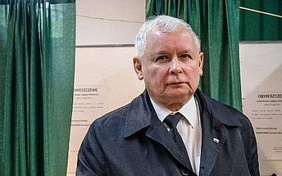 File: This picture taken on May 24, 2015 in Warsaw shows Jaroslaw Kaczynski, leader of Polish Law and Justice (PiS) right wing opposition party and twin brother of late president Lech Kaczynski arriving to cast his vote during the second round of the presidential elections. (Wojtek Radwanski/AFP)