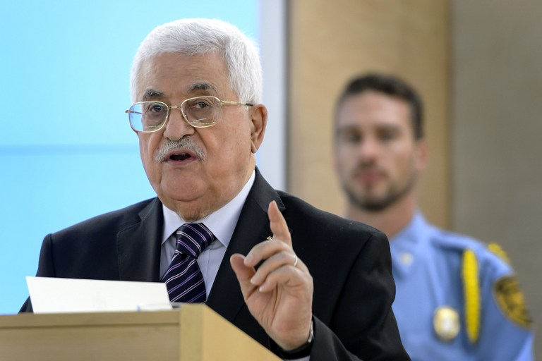 Palestinian Authority President Mahmoud Abbas on October 28, 2015. (AFP/Fabrice Coffrini)