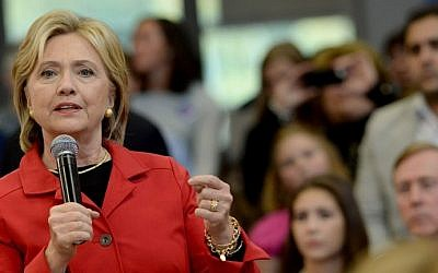 Democratic Presidential candidate Hillary Clinton speaks at a town hall event at Manchester Community College October 5, 2015, in Manchester, New Hampshire. (Darren McCollester/Getty Images/AFP)