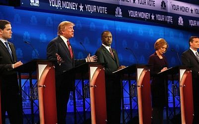 Presidential candidates Donald Trump (2nd L) speaks while Sen. Marco Rubio (L-R) (R-FL), Ben Carson, Carly Fiorina, Sen. Ted Cruz (R-TX) look on during the CNBC Republican Presidential Debate at University of Colorados Coors Events Center October 28, 2015 in Boulder, Colorado. (Justin Sullivan/Getty Images/AFP)