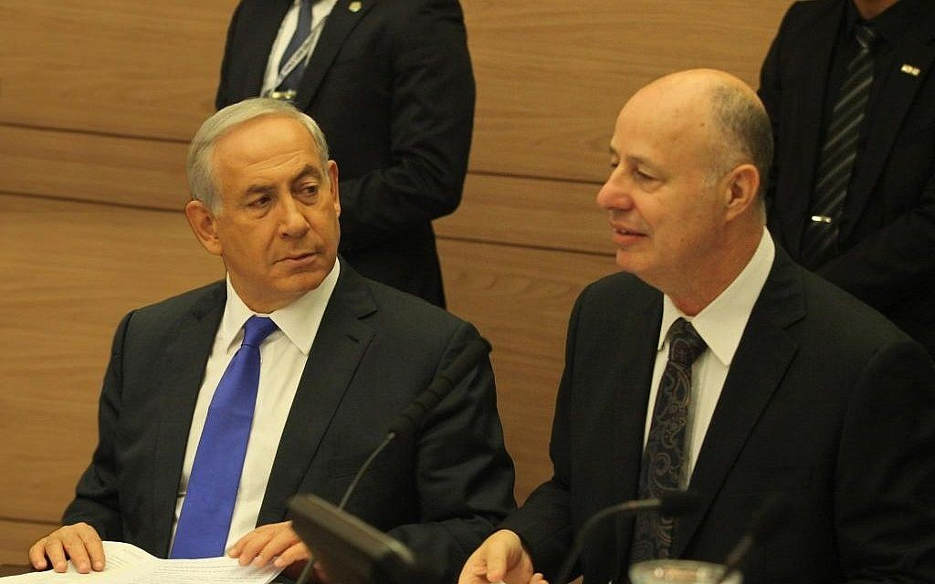 Prime Minister Benjamin Netanyahu attends a meeting of the Knesset Foreign Affairs and Defense Committee alongside the committee's then chairman, MK Tzach Hanegbi, on Monday, October 26, 2015 (Knesset spokesman)