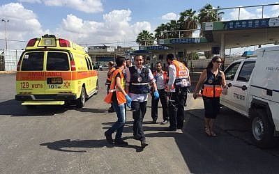 Magen David Adom paramedics arrive at the scene of an attempted stabbing in the Afula bus station on Friday, October 9, 2015. The would-be attacker, an Arab woman, was shot by a security guard. (Magen David Adom)