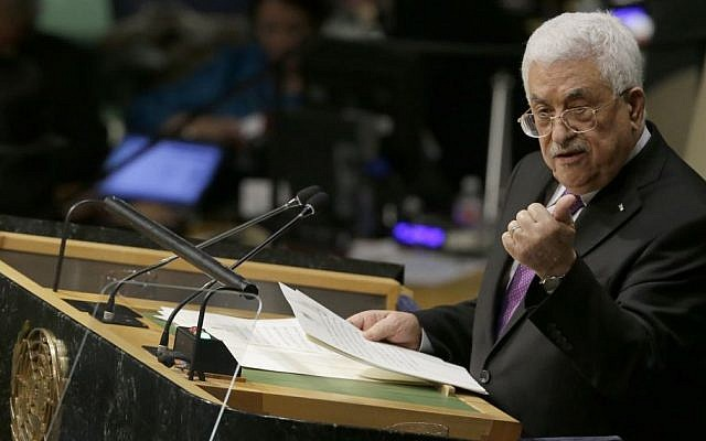 PA President Mahmoud Abbas addresses the United Nations General Assembly, September 30, 2015 (AP/Mary Altaffer)