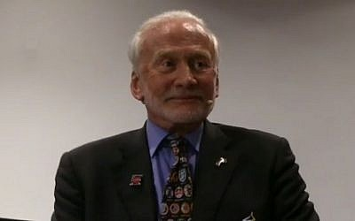 Former US astronaut and the second man on the moon Buzz Aldrin speaks at the International Astronautical Congress in Jerusalem on October 12, 2015. (screen capture: Newzulu)