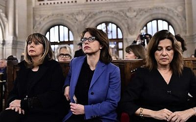 Delphine Burkli (C), Mayor of Paris' 9th arrondissement, attends a ceremony for the victims of a series of deadly attacks at the Grande synagogue de la Victoire on November 15, 2015. (Loic Venance/AFP)