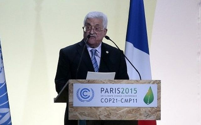 Palestinian Authority President  Mahmoud Abbas delivers a speech at the COP 21 United Nations conference on climate change, on November 30, 2015 at Le Bourget, on the outskirts of the French capital Paris.  (AFP PHOTO / JACQUES DEMARTHON)