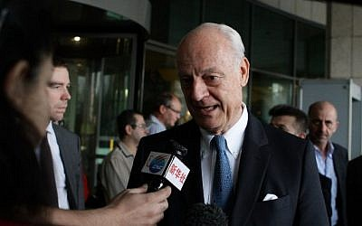 UN special envoy for Syria, Staffan de Mistura, speaks to the press in the Syrian capital of Damascus on November 2, 2015. (AFP/Louai Beshara)