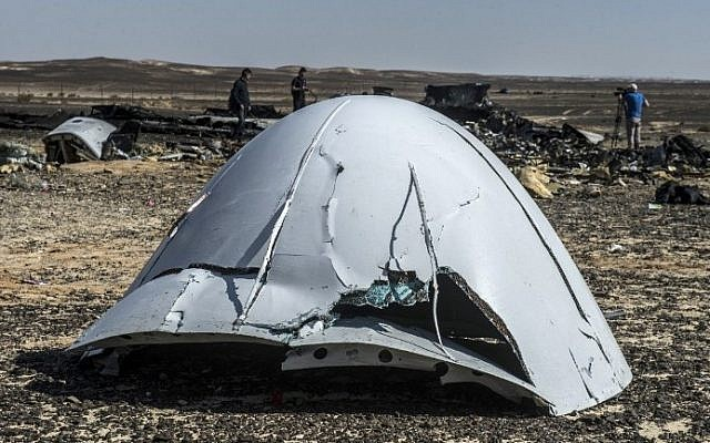 Debris from the A321 Russian airliner lies on the ground a day after the plane crashed in Wadi al-Zolomat, a mountainous area in Egypt's Sinai Peninsula, on November 1, 2015. (Khaled Desouki/AFP)