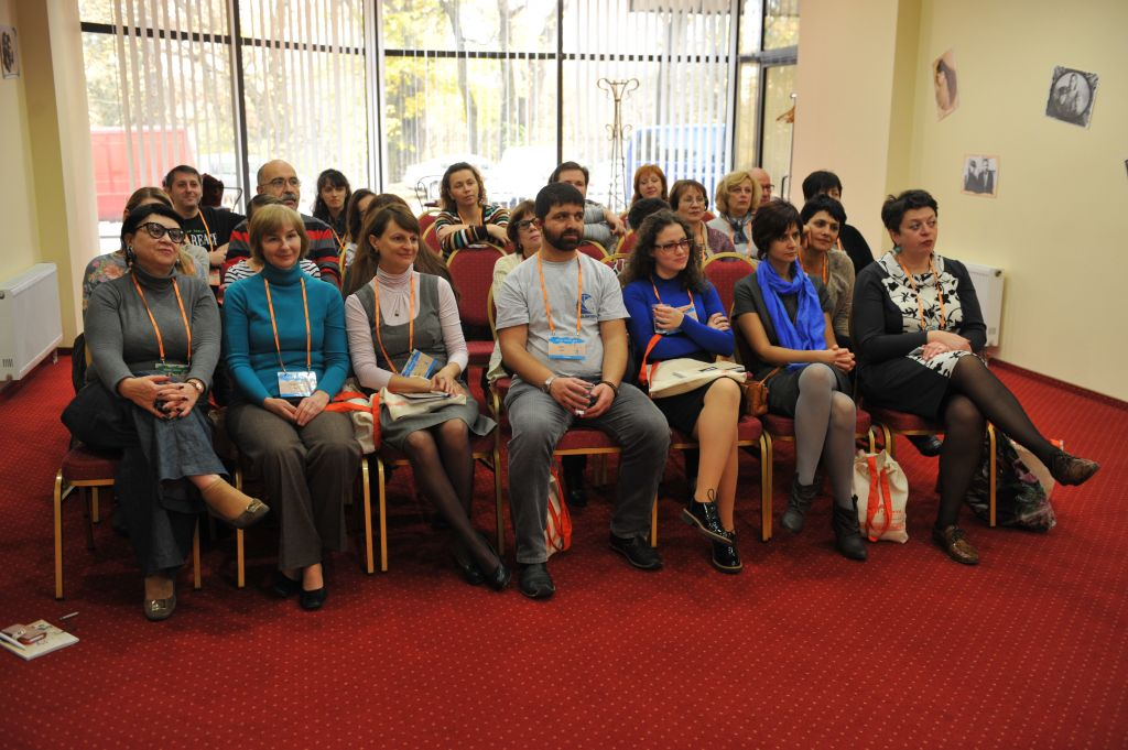 Limmud FSU attendees like their lectures, and are serious about attending them (Courtesy Boris Bukhman)