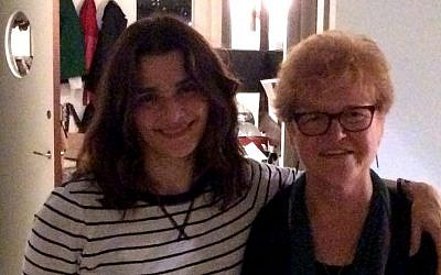 Actress Rachel Weisz with Professor Deborah Lipstadt in New York, November 2015. (Courtesy)