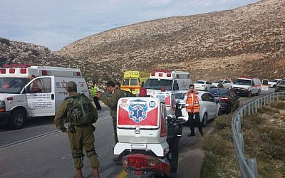 Scene of a bus crash in the West Bank that left at least one dead and dozens injured on November 26, 2015. (Medabrim Communications/United Hatzalah)