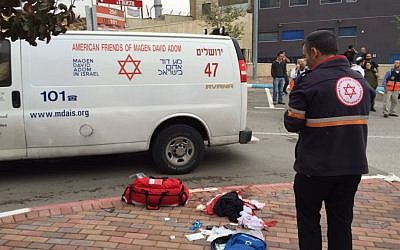 Paramedics on the scene of a stabbing attack in the Sha'ar Binyamin industrial park in the West Bank on Nov. 6, 2015. (Magen David Adom)