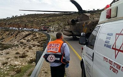 Illustrative: Victims of a bus accident are loaded into helicopters in order to get them to hospitals as quickly as possible near Kochav HaShachar in the West Bank on November 26, 2015. (Magen David Adom)