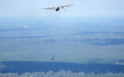 An Israeli 'Shimshon' C-130 transport aircraft flies over the southern United States during the 'Southern Strike' exercise on October 30, 2015. (Courtesy: IDF Spokesperson's Unit)