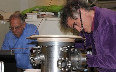 LPP Chief Scientist Eric J. Lerner and Electrical Engineer Fred van Roessel (Courtesy)
