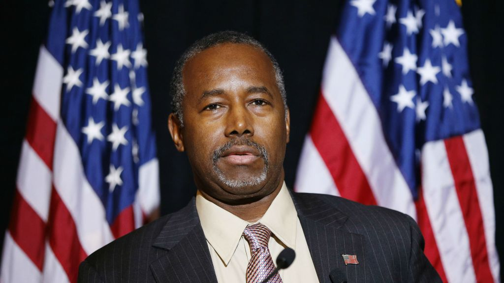 Republican presidential candidate Ben Carson speaks at a news conference, Monday, Nov. 16, 2015 (AP Photo/John Locher)