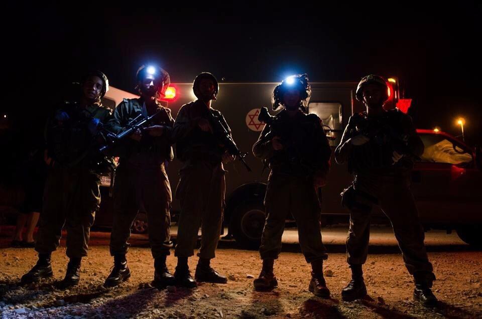 Lt. Moshe Cohen's medical team. (IDF Spokerson's Unit)