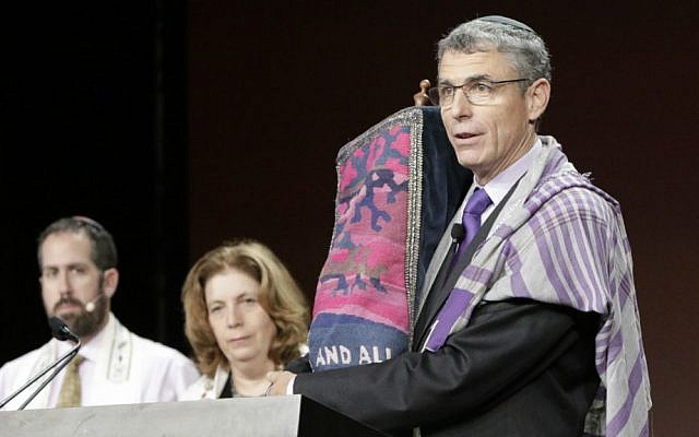 Rabbi Rick Jacobs, the Union for Reform Judaism president, speaking at the movement's biennial conference in Orlando, Florida, November 7, 2015. (URJ/via JTA)