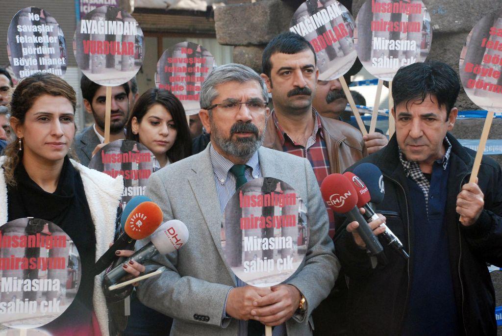 Tahir Elci, the head of Diyarbakir Bar Association, speaks to the media shortly before