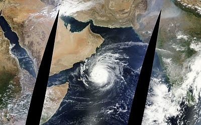 The cyclone Chapala can clearly be seen in the center of the image, taken from a satellite image posted on Sunday, November 1, 2015. (Screen capture Open Weather Maps)