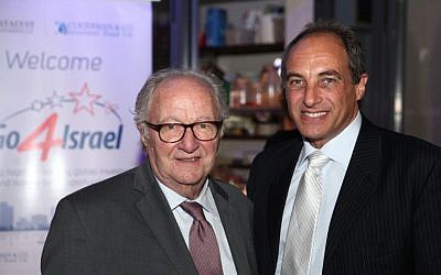 Roger (L) and Edouard Cukierman at the Go4Israel conference, October 26, 1015 (Courtesy)