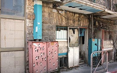 Street art from the Tabula Rasa project in Beit Yaakov (Shmuel Bar-Am)