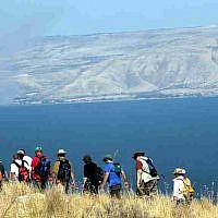 Hikers near the Sea of Galilee, Israel's largest freshwater lake (Yossi Zamir/Flash90)
