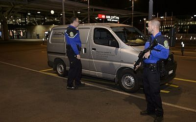 Security officers check a van at Geneva's airport on December 10, 2015, after police raised the alert level and searched the city for several suspected jihadists believed to have links to the Islamic State (IS) group, security sources said. (AFP / Richard Juilliart)