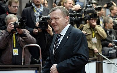 Danish Prime Minister Lars Lokke Rasmussen arrives for a European Union (EU) Summit at the EU Council building in Brussels, December 18, 2015. (AFP/THIERRY CHARLIER)