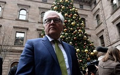 German Foreign Minister Frank-Walter Steinmeier in New York on December 18, 2015 (AFP/Jewel Samad)