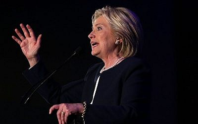 Democratic presidential candidate Hillary Clinton speaks during a 'Women for Hillary' fundraiser November 30, 2015 in Washington, DC. (Alex Wong/Getty Images/AFP)