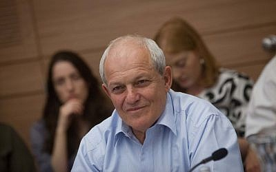 Social Affairs Minister Haim Katz attends a Labor and Welfare committee meeting in the Knesset, June 08, 2015. (Alster/FLASh90)