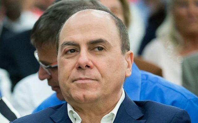 Interior Minister Silvan Shalom, October 6, 2015. (Moshe Shai/FLASH90)