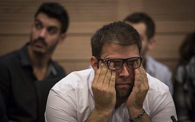 MK Oren Hazan at a Finance Committee meeting  on November 18, 2015. (Hadas Parush/Flash90)