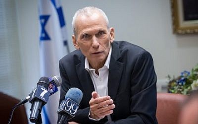 Zionist Union MK Omer Bar-Lev holds a press conference at the Knesset on November 30, 2015. (Miriam Alster/Flash90)