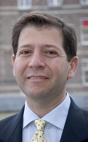 Florencio Lopez-de-Silanes (Courtesy)