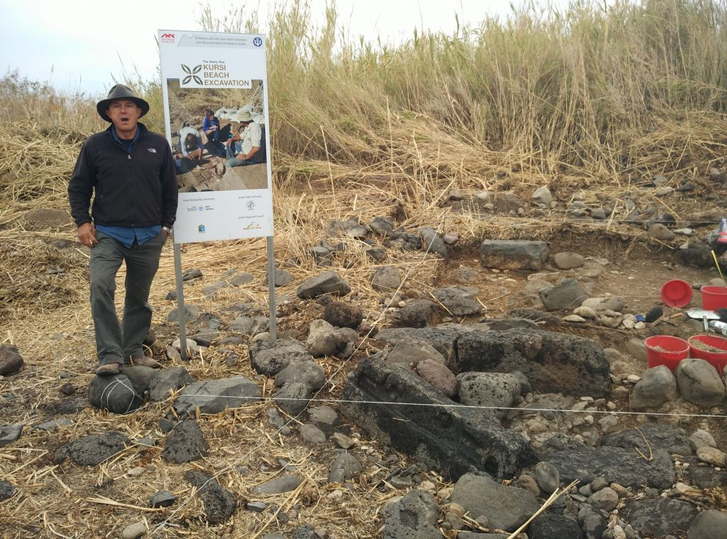 University of Haifa archaeologist Haim Cohen at Kursi, a Byzantine Jewish site on the shores of the Sea of Galilee. (Haim Cohen)