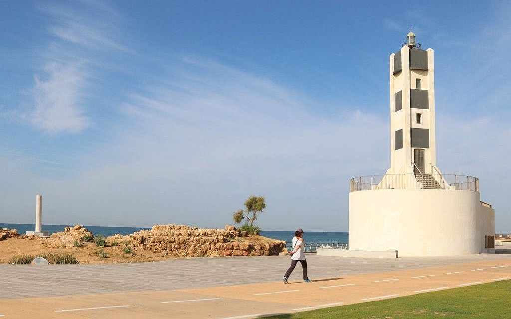 Tel Aviv Port's restored 1930s lighthouse (Shmuel Bar-Am)