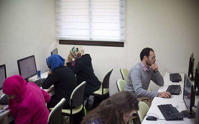Avihay Marciano, 26, a former ultra-Orthodox Jew, studies at an open university campus in Beersheva, Israel, December 15, 2015. (AP/Ariel Schalit)