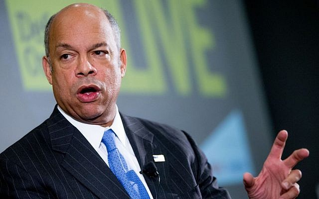 """File: Secretary of Homeland Security Jeh Johnson speaks at a Defense One """"leadership briefing"""" in Washington, Monday, Dec. 7, 2015, on the agency's efforts to tackle growing terrorism threats in the US and abroad. (AP Photo/Andrew Harnik)"""