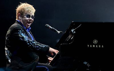 File: British singer and musician Sir Elton John performs in a venue near Tel Aviv, on June 17, 2010. (Flash90)