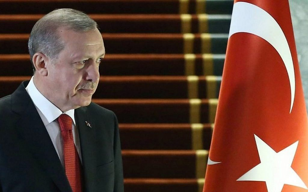Turkish President Recep Tayyip Erdogan at an official ceremony in the Presidential Complex in Ankara, on December 24, 2015. (AFP/Adem Altan)
