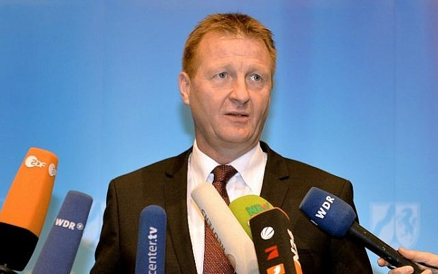 Interior minister of North-Rhine-Westphalia Ralf Jaeger addresses a press conference to announce the suspension of Cologne's police chief on Januar 8, 2015 in Cologne, western Germany.  (Monika Skolimowska/AFP/DPA)