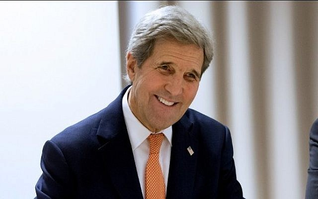 US Secretary of State John Kerry, before attending the World Economic Forum, Davos, Switzerland, January 20, 2016. (AFP/POOL/Jacquelyn Martin)