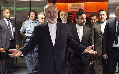 Iranian Foreign Minister Mohammad Javad Zarif arrives for the final plenary meeting at UN's IAEA headquarters in Vienna, Austria on July 14, 2015.  (AFP PHOTO/POOL/JOE KLAMAR)