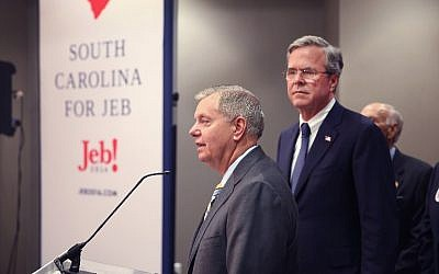 South Carolina Sen. Lindsey Graham (L) announces his endorsement of Jeb Bush for president on January 15, 2016 in North Charleston, South Carolina. Graham dropped his own bid for the presidency last month.   (Scott Olson/Getty Images/AFP)